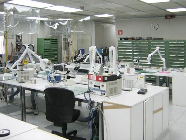 Impianto di aspirazione laboratorio ricerca aerospaziale