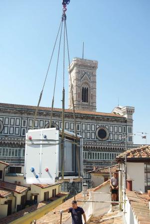 Posizionamento centrali di trattamento aria U.T.A. nell'area tecnica Teatro Nicolini (Firenze)