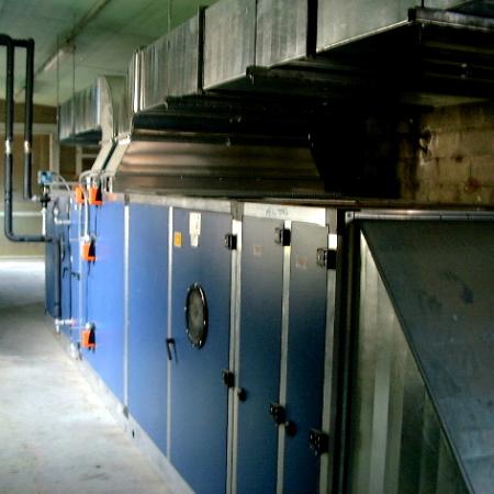 Vano tecnica per forno e cabina verniciatura di 12metri - Centrale trattamento aria, progettazione, e installazione targata Nuova Icat