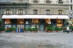 Impianti di condizionamento aspirazione e ricambio aria noto bar storico Firenze